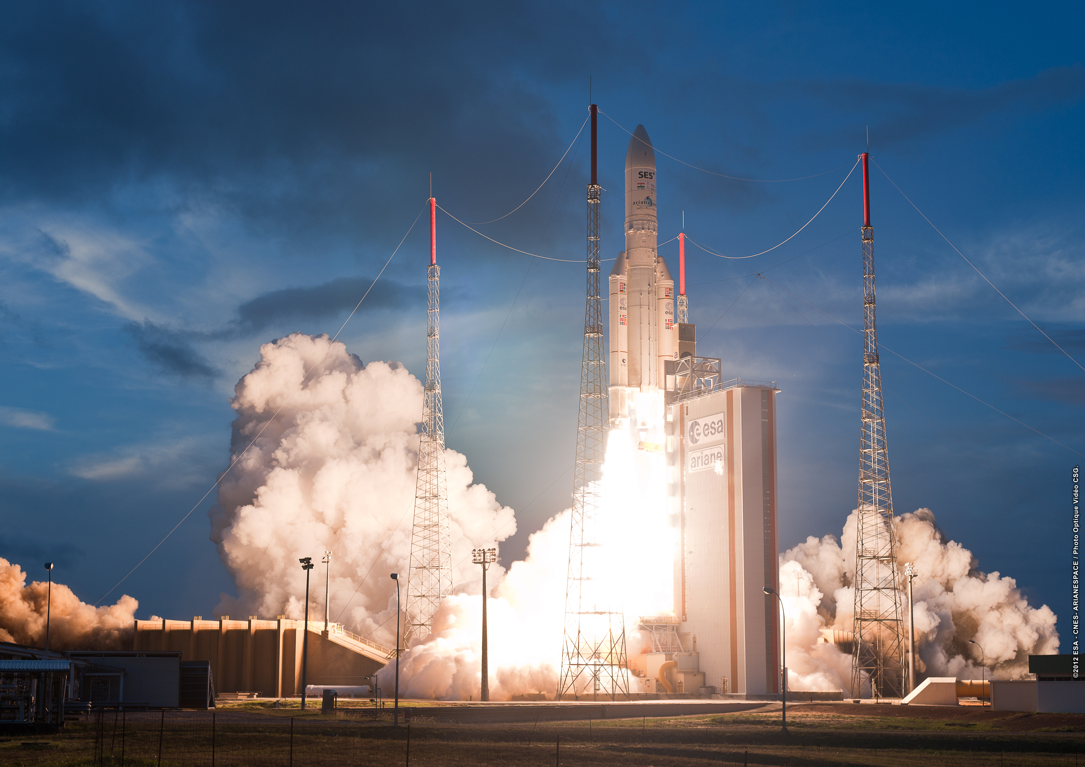 ariane 5 Go on a virtual date with me, ariane, to datingarianecom click here to begin go to the new ariane 10th anniversary version at langangencom go to redemption for.
