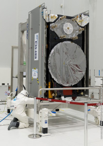 One of the Galileo FOC spacecraft to be orbited on Flight VS09 undergoes its fueling process in the Spaceport's S5 payload preparation building.
