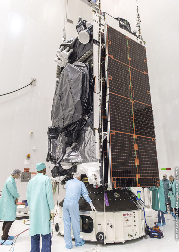 Ariane 5ECA VA228 (Intelsat 29e) - CSG - 27.01.2016 Touch-and-go-CU1-sur-ACU_017