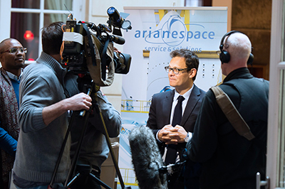 Members of the international news media pursue follow-up questions with Chairman & CEO Stéphane Israël following completion of Arianespace's New Year kickoff press conference.