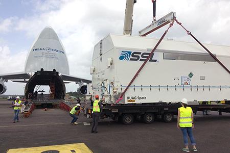 Lancement Ariane VA229 - Eutelsat 65 - 9 mars 2016   2-8-2016-va229-sm
