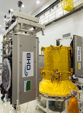Preparations for a November Ariane 5 flight