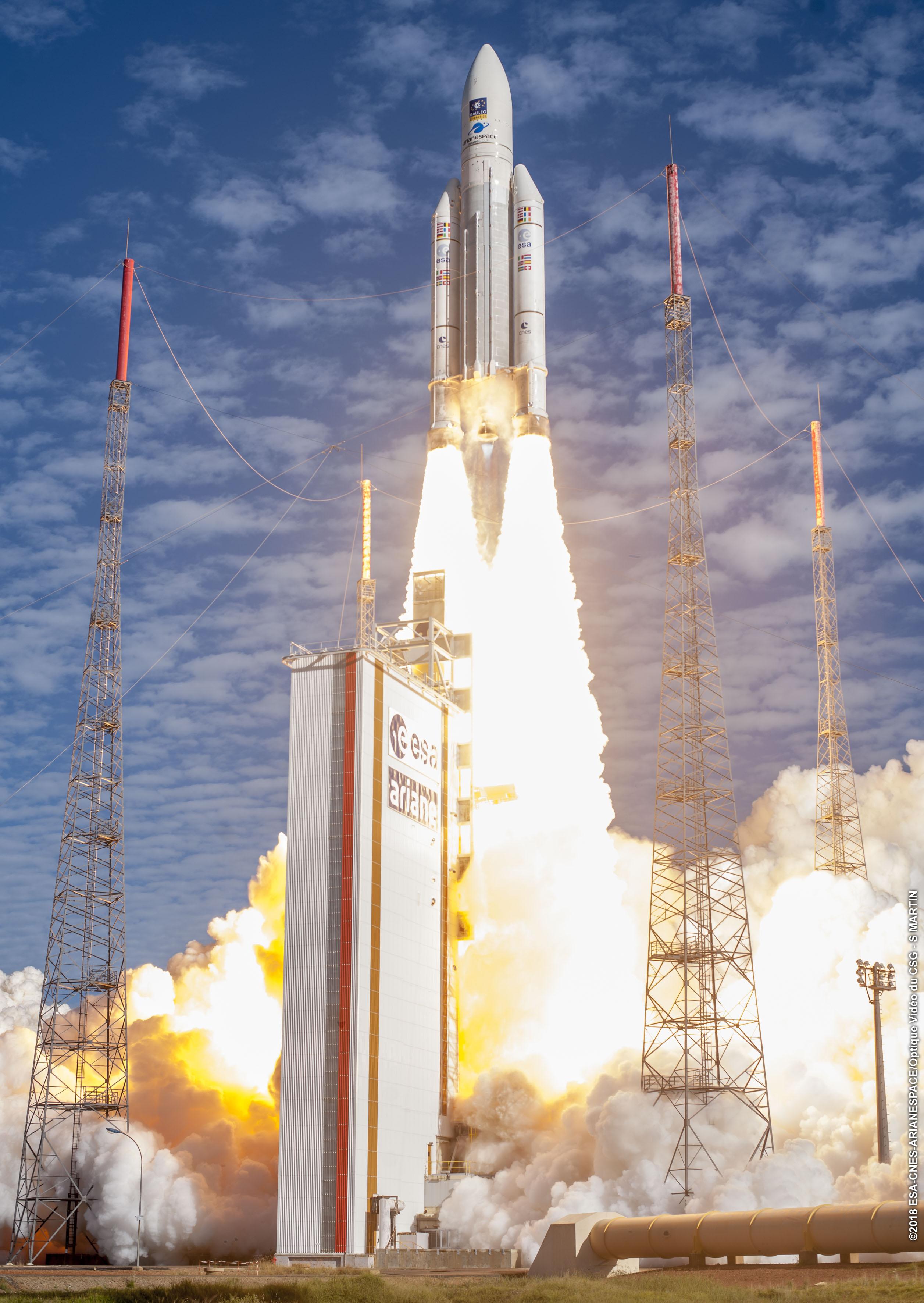 100 Start Der Europaischen Rakete Ariane 5 Ruag Space