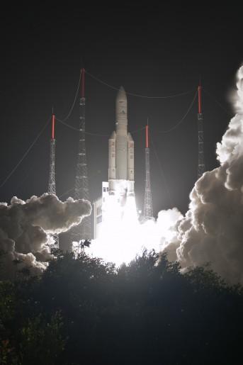 Décollage - Ariane 5 - VA 216 - Le 22/03/2014.