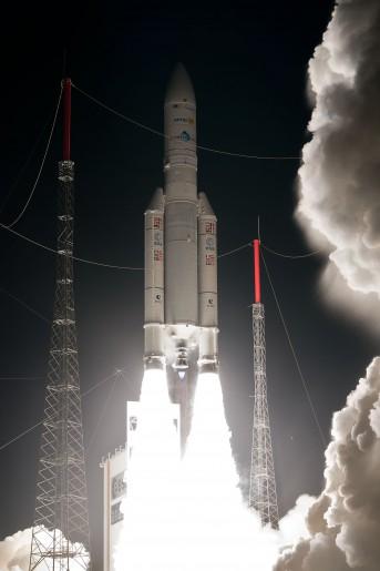 Décollage - Ariane 5 - VA 217 - Le 06/02/2014.