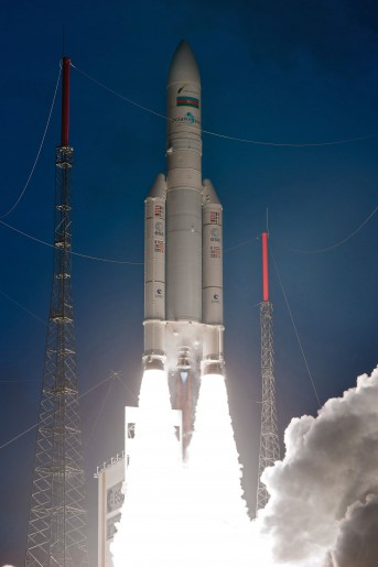 decollage - Ariane 5 ECA - VA 212 - Le 07/02/2013.