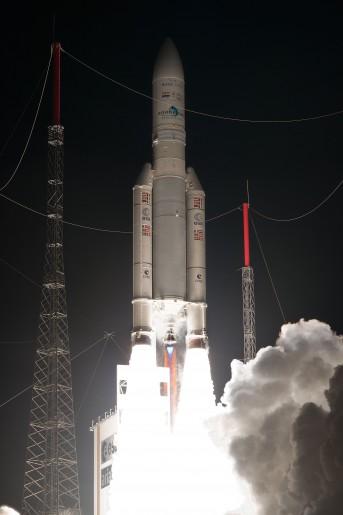 Décollage, le 10/11/2015 - Ariane 5 ECA - VA 227.