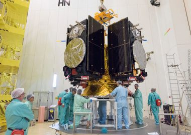 Integration of Ariane 5's four Galileo satellite passengers on the multi-payload dispenser system. Flight VA240. Four Galileo spacecraft
